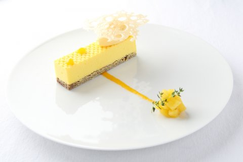 dolce mousse di ananas